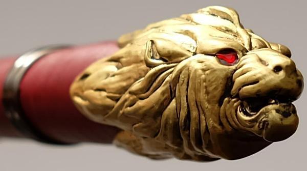 Game of Thrones Schwert Oathkeeper Red Damascus offizielles Game of Thrones ® Lizenzprodukt auf 2500 Stück limitiert Löwe