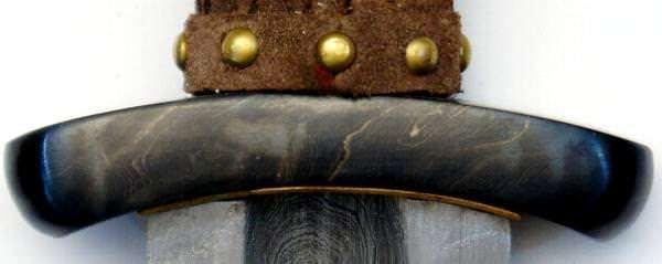 Wikingerschwert Godfred aus Damast kaufen echtes Wikingerschwert