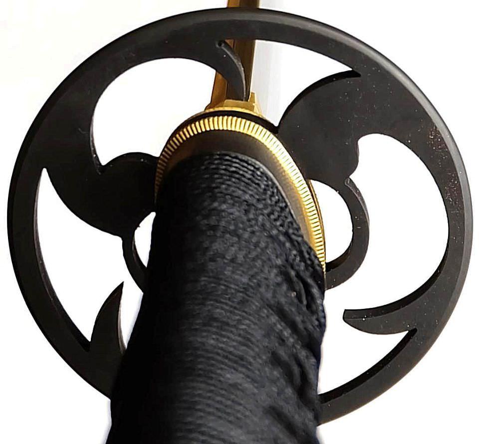 Katana- Samurai Schwert mit Gomai Klingenaufbau echtes Ninko tsuba