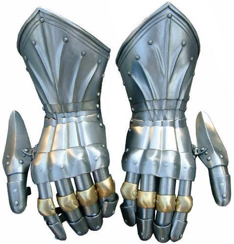 Ritterhandschuhe und Schallerhandschuhe