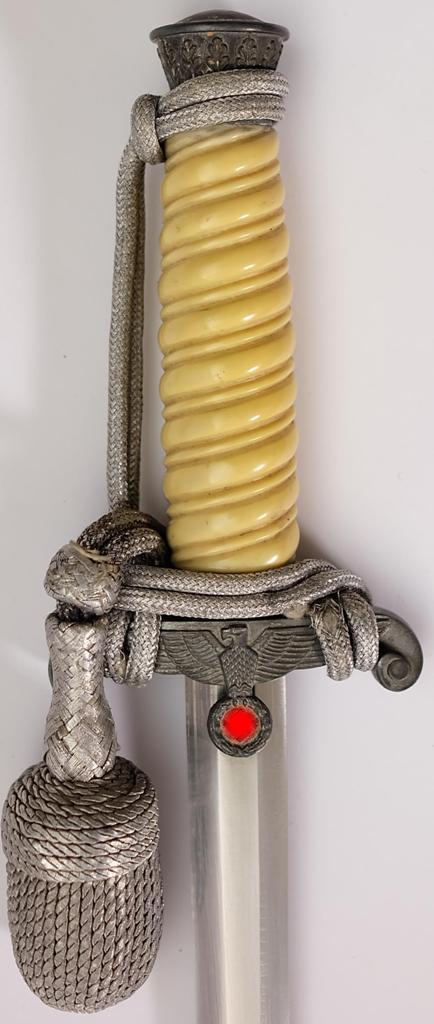 Offiziersdolch des Heeres Original 3 Reich mit weißem Bakelitgriff Griff