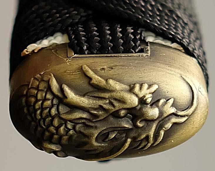Samuraischwert Drache Weiß Schwarz Die Kashira