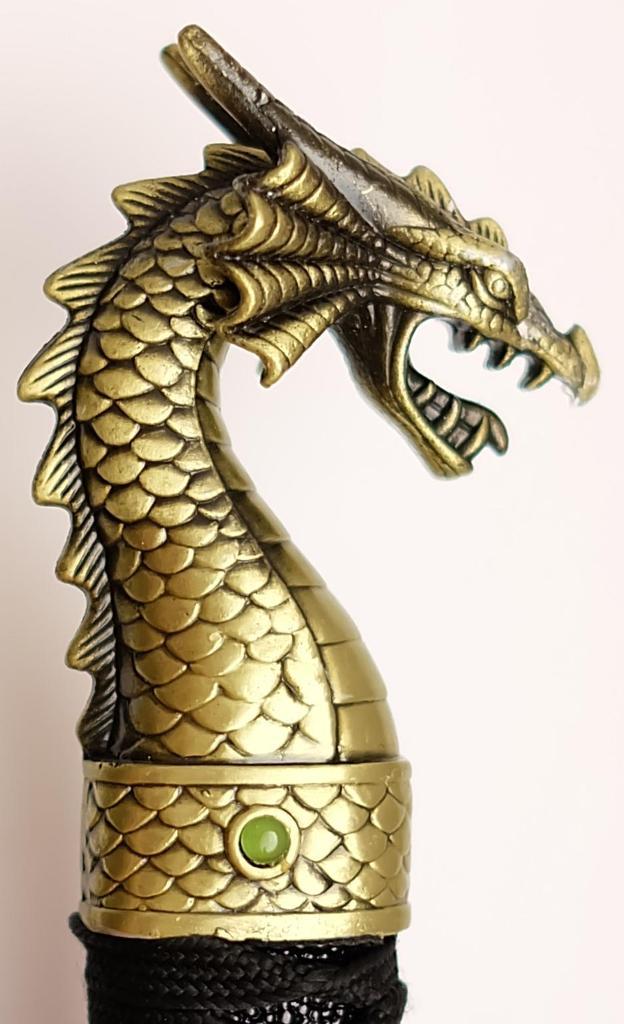 Samuraischwert golden Dragon der Knauf