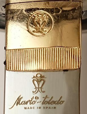 Schwarzes Katana Samuraischwert von Marto Logo
