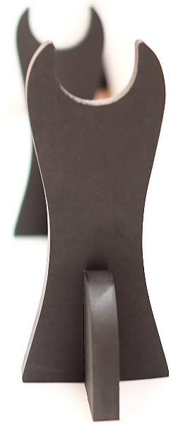 Schwertständer für 1 Schwert mit goldfarbenen Schriftzeichen seitlich