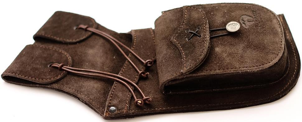 Seiten Holsterköcher für Pfeile aus Wildleder Rechtshänder kaufen für Bogenschützen seitlich
